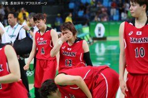 前半は女王・アメリカにシーソーゲームを繰り広げる健闘を見せた「アカツキファイブ」女子日本代表チームでしたが、後半一気に突き放され、64-110で敗戦
