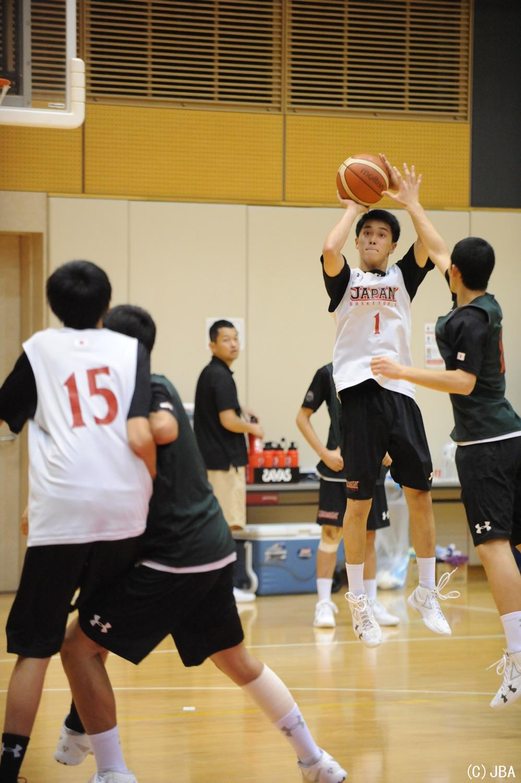 笹山 陸選手(洛南高校 1年)の3P...
