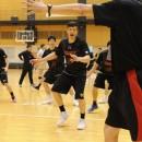 声を出してチームを盛り立てる小原 翼選手(筑波大学 3年)