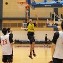 中村 碧杜選手(県立能代工業高校 3年)は高い打点からシュートを狙う