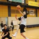 速攻からシュートをねじ込んだ小原 翼選手(筑波大学 3年)
