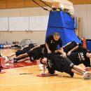 佐藤晃一パフォーマンスコーチによる体幹トレーニング