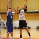 結城 智史選手(世田谷区立梅丘中学校 3年)のパワーレイアップ