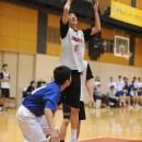 インサイドからシュートを決める岩﨑 光瑠選手(貝塚市立第四中学校 3年)