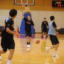 ゲームをコントロールする中村 拓人選手(中部大学第一高校 2年)