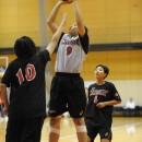 倉持 のりか選手(春日部市立豊野中学校 2年)は力強いプレイでシュートを狙う