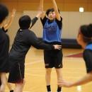 シュートを打つ#8  赤木 里帆選手(桜花学園高校 3年)