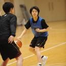 チームを引っ張るポイントガード#15 山本 麻衣選手(桜花学園高校 2年)