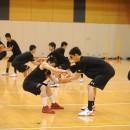 ボールを引っ張り合うトレーニング