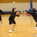 シュートを狙う佐古 瑠美選手(桜花学園高校 3年)