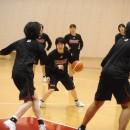 攻撃を仕掛ける藤田 歩選手(岐阜女子高校 3年)