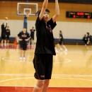 184cmの畠中 春香選手(大阪人間科学大学 4年)はインサイドとともに3Pシュートも得意
