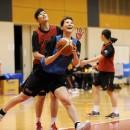 ドライブからゴールを狙う田中 真美子選手(早稲田大学 2年)