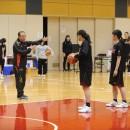 金メダル獲得を目標に掲げ、厳しく指導する佐藤 智信ヘッドコーチ
